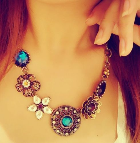 Charm Crystal Flowers Pendant Chain Bib Statement Necklace Fashion Jewelry
